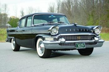 57 Packard Clipper - front