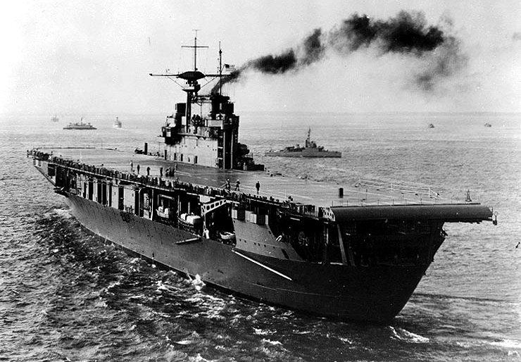 USS_Hornet_(CV-8)1