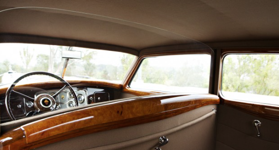 '34 Packard Twelve - interior
