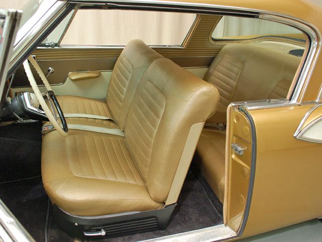 1957-studebaker-golden-hawk-int1