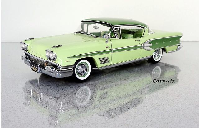 58 Pontiac Bonneville
