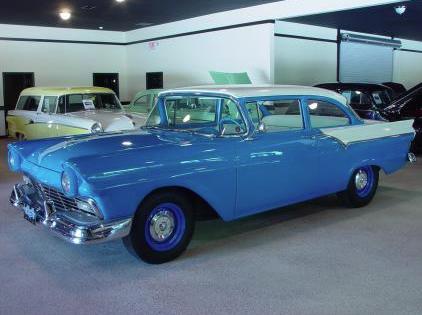 57 Ford Custom, Dresden Blue