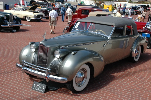 1940 Packard-Darrin 4 door convertible