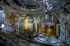 Detroit Decay4