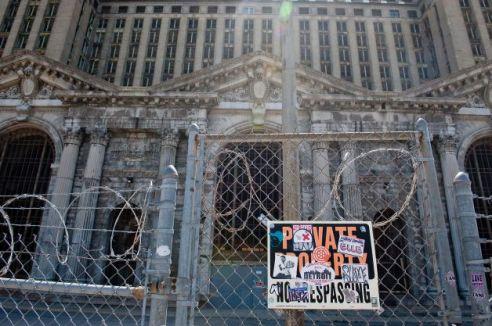 Detroit Decay6