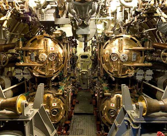 Pampanito:Aft torpedo room