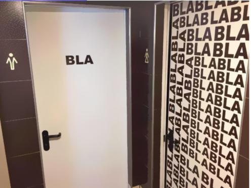 ToiletSigns3