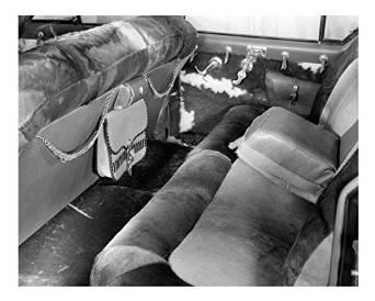 Kaiser Caballero back seat
