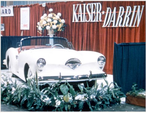 Kaiser-Darrin-auto-show