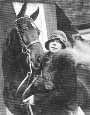 Lurline_and_horse