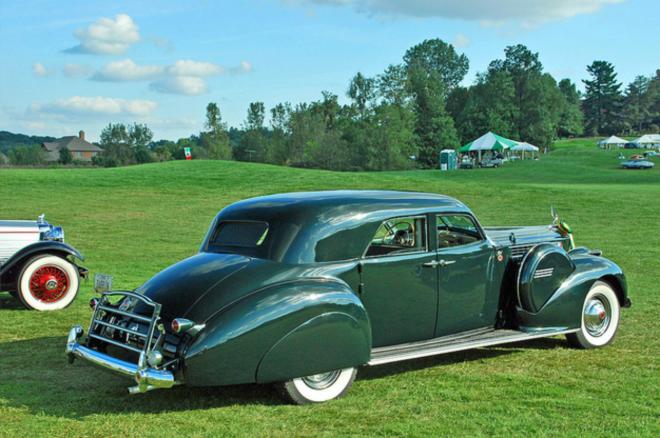 Packard-Darrin Sport Sedan
