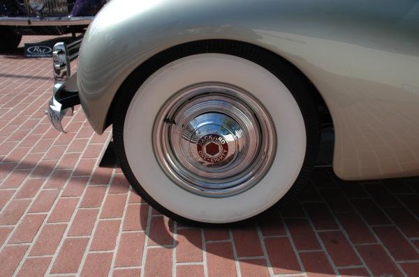 Packard-Darrin_lf_fender