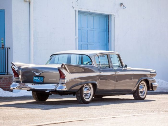 58-packard-town-sedan