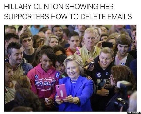 Hitlery-deleting-e-mails