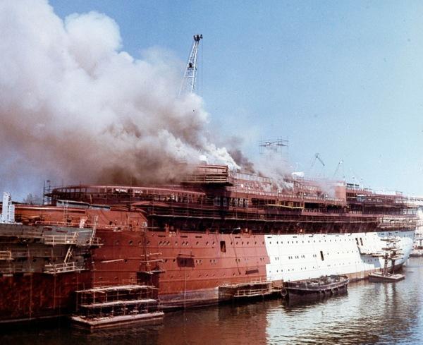 achille-lauro-fire-1965