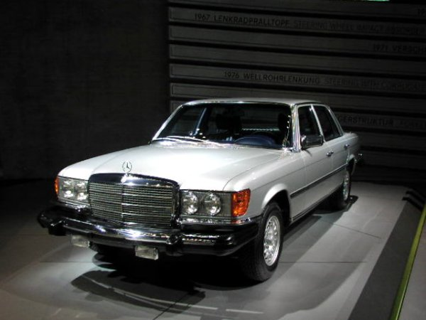 mercedes-benz_300sd