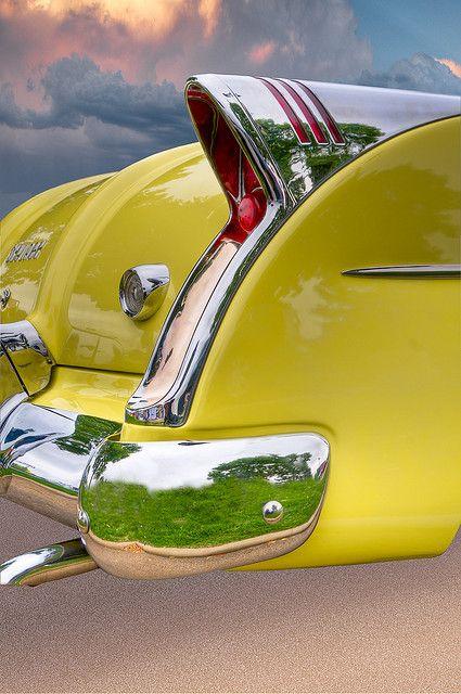 54-buick-skylark-taillight