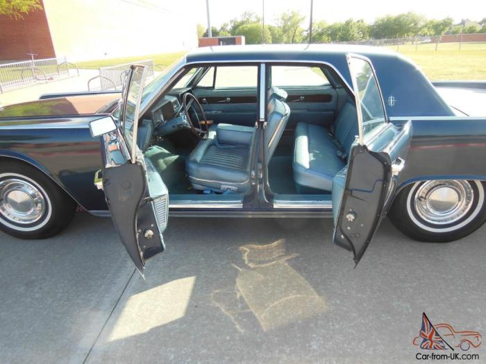 61-lincoln-continental-suicide-doors