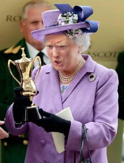 queen-trump5