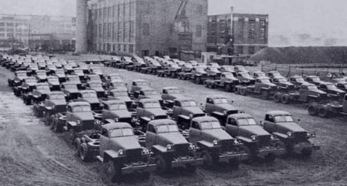 studebakers-bound-for-russia