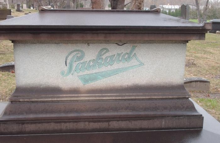 Packard_grave