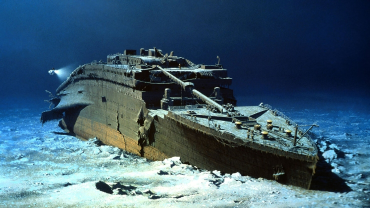 titanic-bow-seafloor