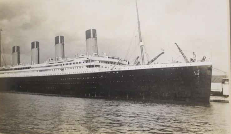 Titanic-sepia