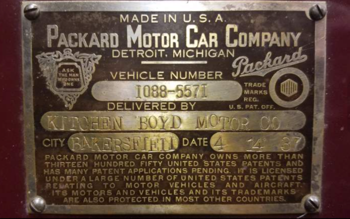 Golden Gate Packard - data plate