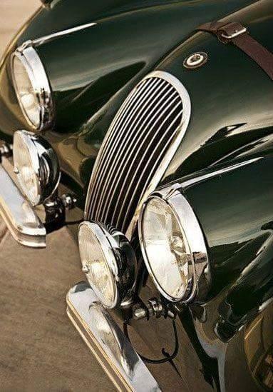 Jaguar-XK_grille