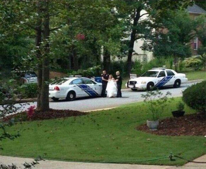 wedding-cops