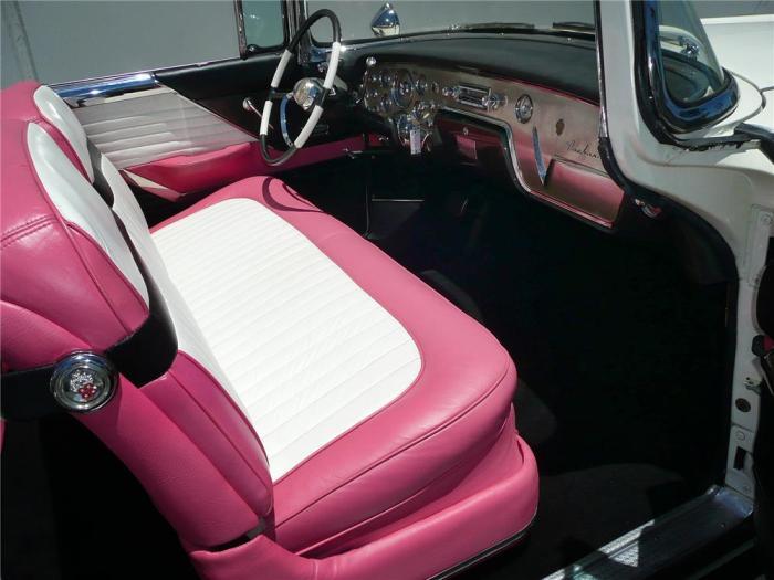'55 Caribbean MUH interior