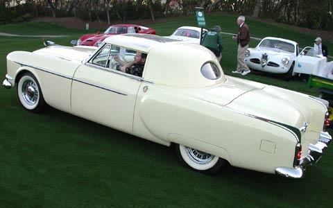 Packard_Pacifica_Rear_Side