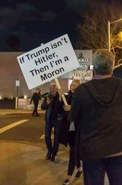 Trump_Hitler_Moron