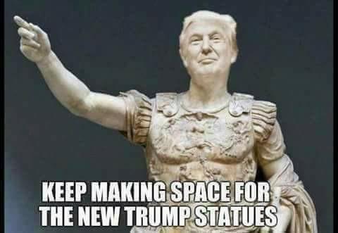 Trump_statues