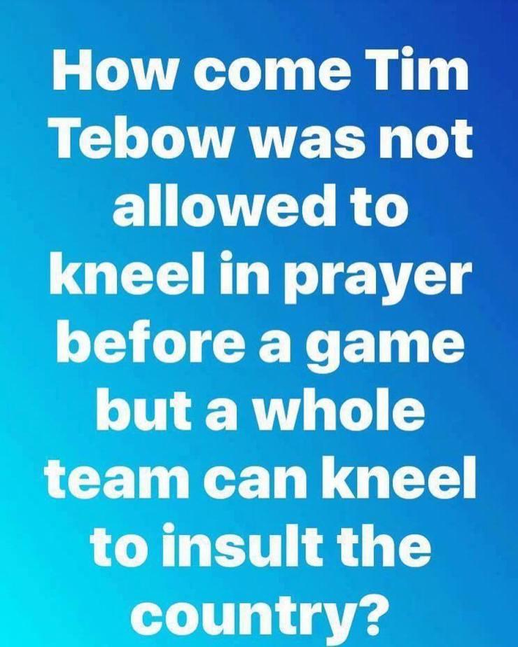 Tebow-kneel