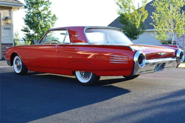 61 Ford Thunderbird