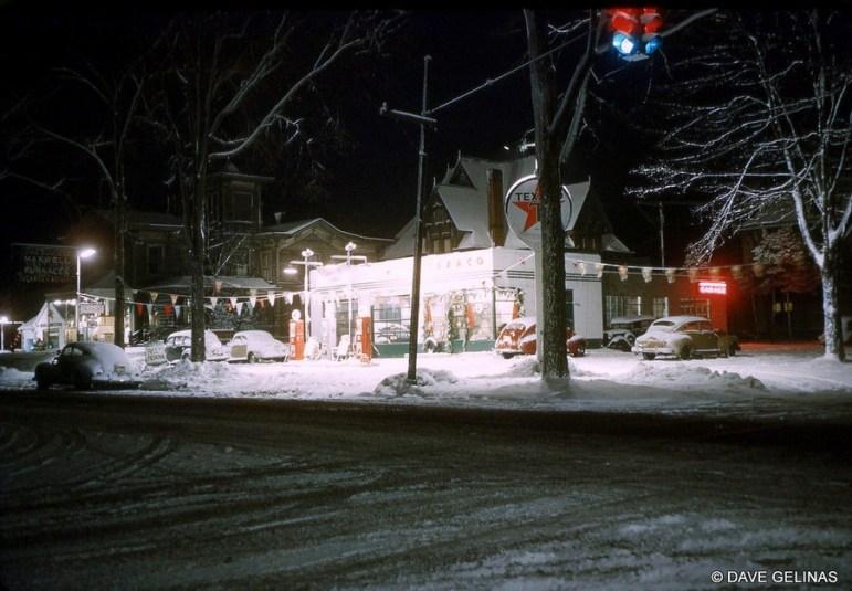 DG-50s-gas-station-snow