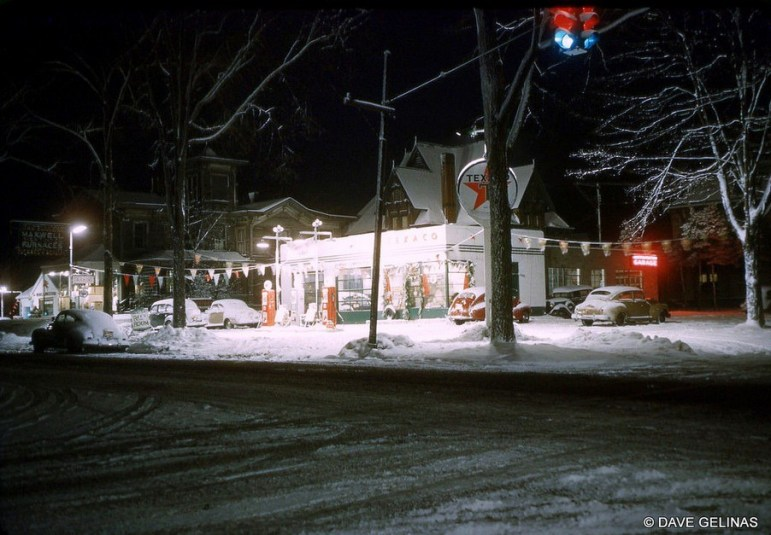 DG-50s-gas-station-snow
