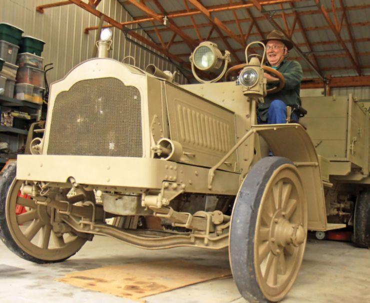 1918 Packard truck