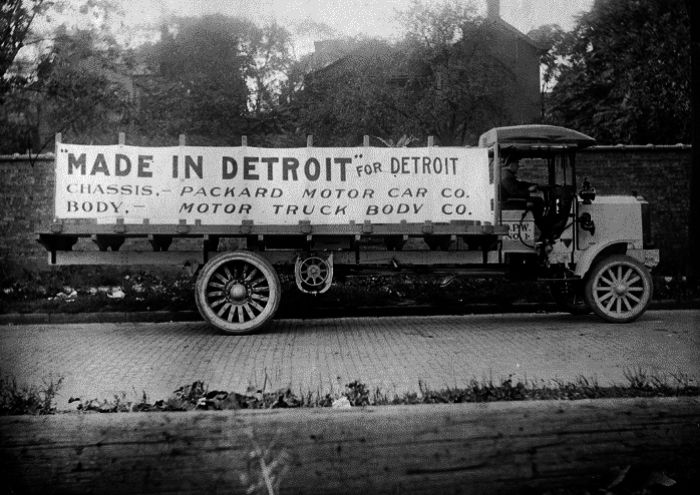 Packard truck-Detroit-body