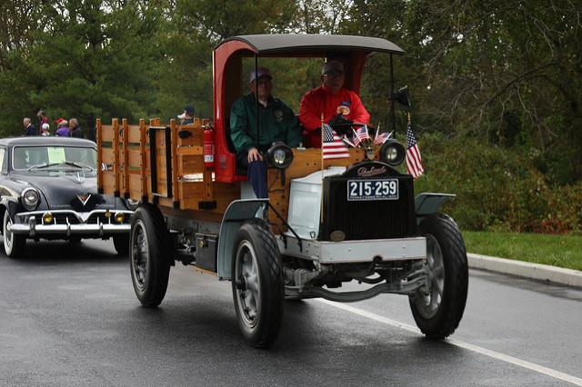 Packard truck - Studebaker behind it