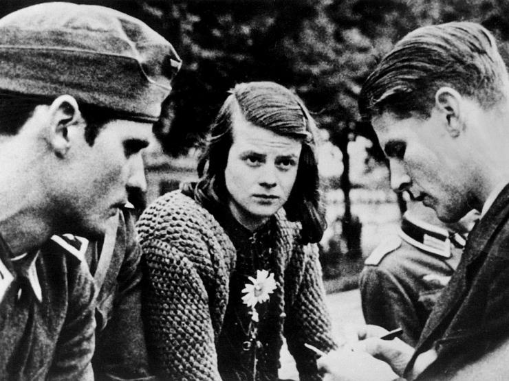 Hans Scholl, Sophie Scholl und Christoph Probst, 1942