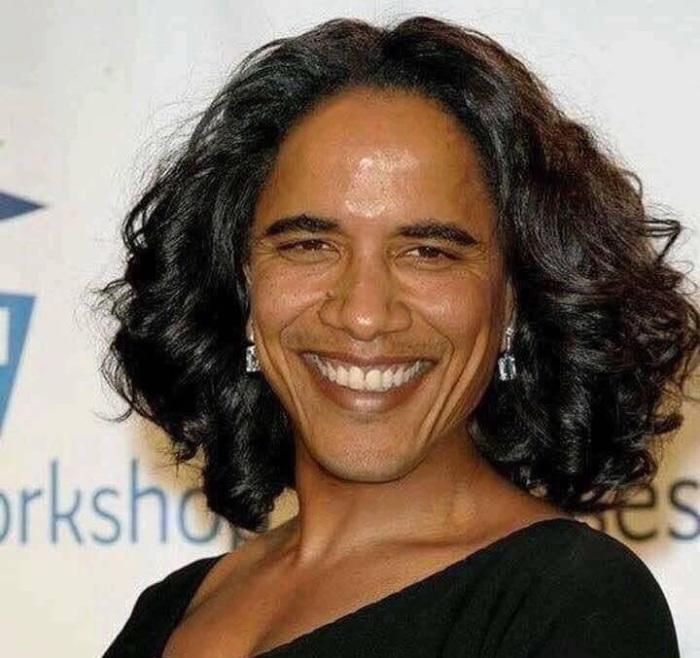Obama-woman