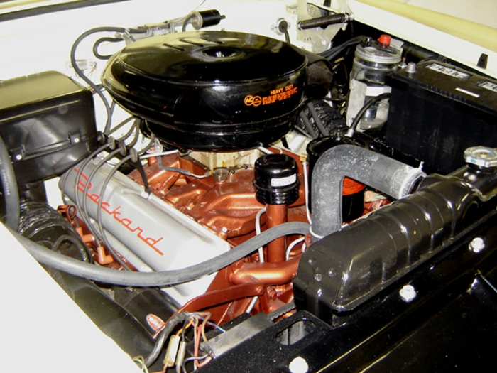12-15-06 restored engine compartment-1
