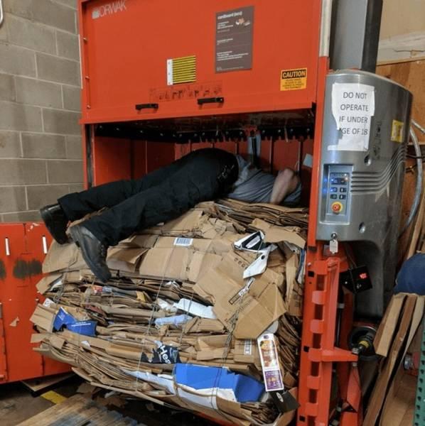 WWLLTM-trash compactor