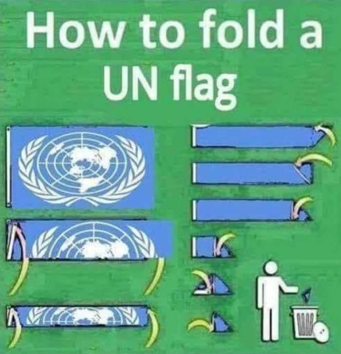 Folding UN flag