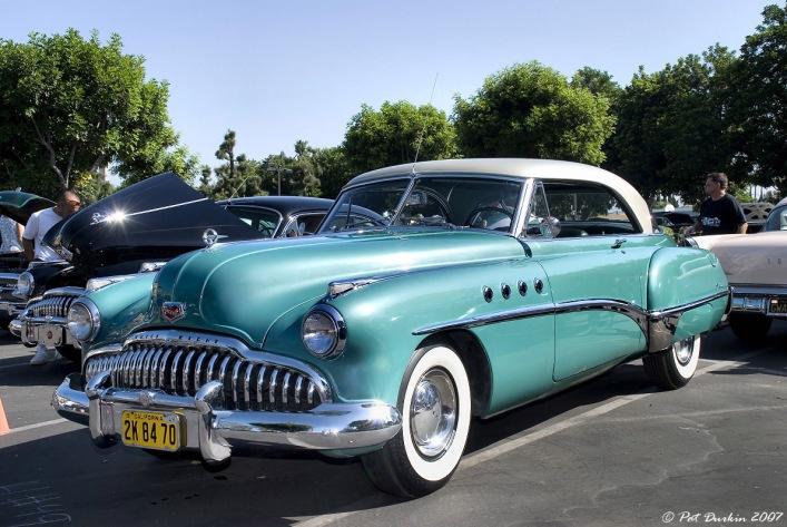 buick-roadmaster-1949