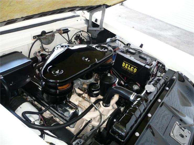 Packard V-8 Caribbean