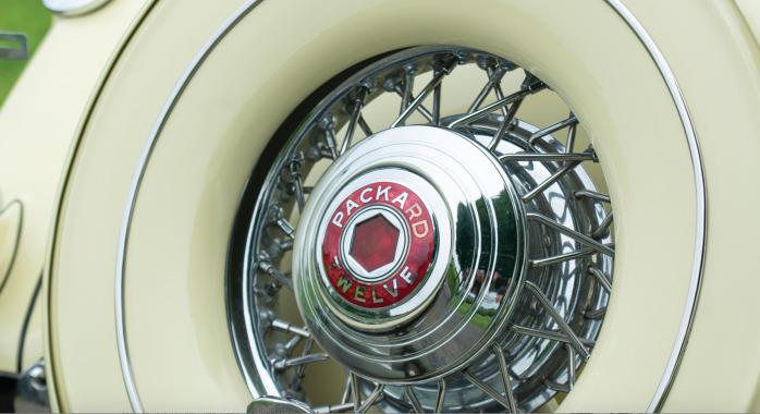 1936 Packard Twelve - Cloisonné