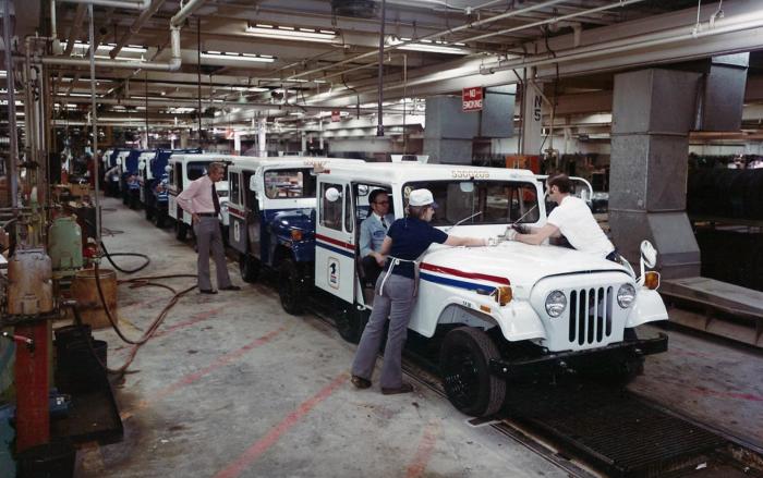 Jeep production at Studebaker Chippewa plant